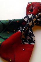 Vintage-scarf-swarovski-crystals-love-accessories