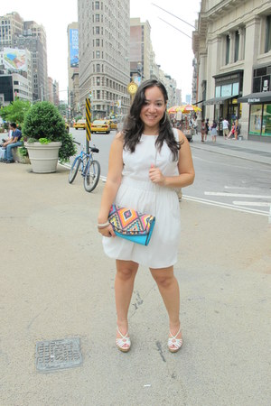 white Ninna Lu dress - aztec print Just Fabulous bag