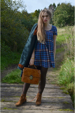 dark brown ankle suede River Island boots - blue jack wills dress