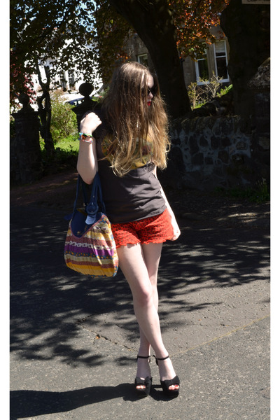 light orange cotton Billabong bag - carrot orange denim jalate shorts