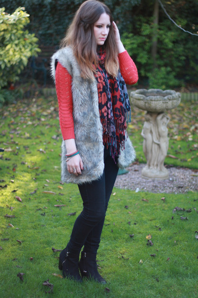 hot pink Primark scarf - black Topshop boots - black Topshop jeans