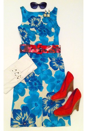 Banana Republice dress - red suede Boutique 9 wedges - floral print Express belt