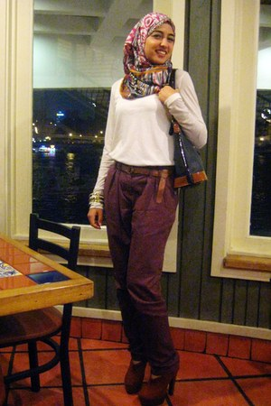 Colorful scarf - cream Zara shirt - black Guess bag - puce new look pants