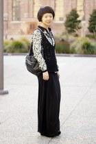ivory bird print Zara blouse - black leather bow lipglossandblack necklace