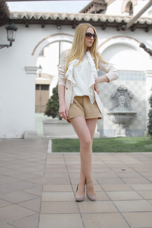cream Queens Wardrobe blazer - camel playsuit Maje shorts - ivory playsuit Maje