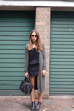 Zara bag - Topshop boots - Prada sunglasses - new look cardigan