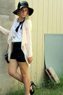 Pink-express-cardigan-black-f21-shorts