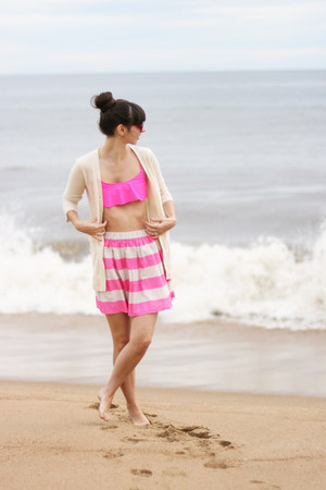 bubble gum H&M skirt - bubble gum free people swimwear