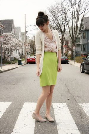 chartreuse thrifted skirt - tan Blowfish shoes - ivory C&amp;C California cardigan