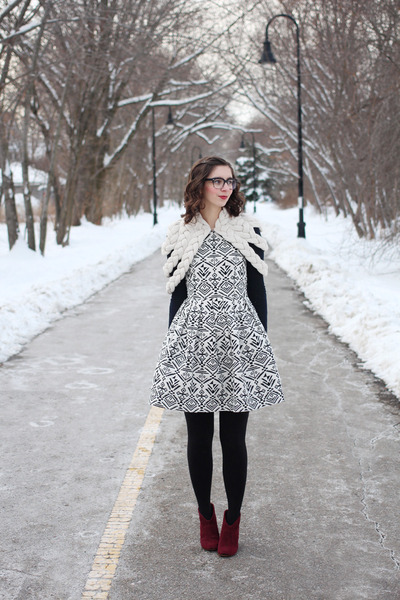 ivory Celapiu cape - brick red Steve Madden boots - black modcloth dress