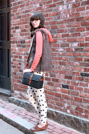 black ona bags bag - brown big buddha shoes - ivory Forever 21 pants