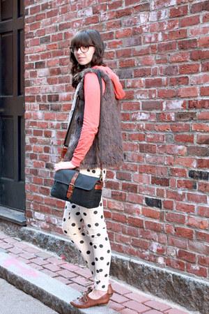 black ona bags bag - brown big buddha shoes - ivory Forever 21 pants