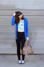 Black-urban-outfitters-jeans-tan-theit-bag-blue-forever21-cardigan