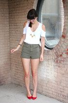 white asos t-shirt - olive green American Apparel shorts