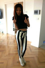 Black-crop-top-newlook-shirt-black-newlook-pants-off-white-nanstygal-pumps