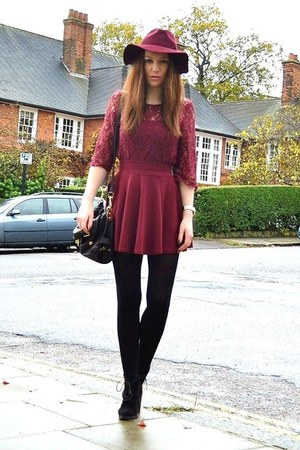 maroon fedora H&amp;M hat - black suede Topshop boots - black cotton Primark tights