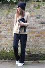 Black-leather-gucci-bag-camel-turtleneck-gap-jumper-black-loose-zara-pants