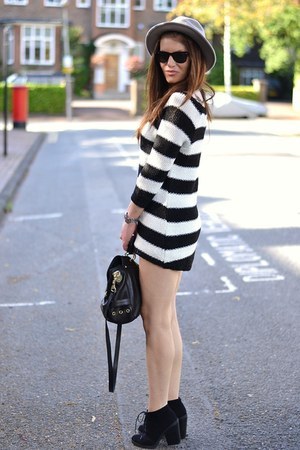 white stripes Zara jumper - black suede Topshop boots