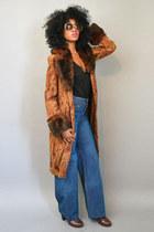 vintage coat - vintage jeans - jeffery campbells heels
