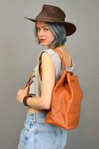 Vintage Fossil bag - vintage hat