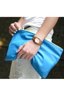 White-zara-jeans-blue-clutch-american-apparel-bag-white-gap-t-shirt