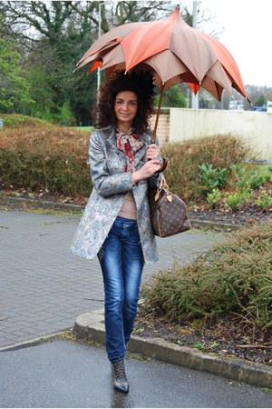 Atmosphere coat - Louis Vuitton scarf - River Island blouse