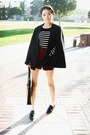 Black-stylenanda-acc-bag-brick-red-stylenanda-shorts-black-stylenanda-cape