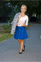 blue Zara skirt - dark brown Parfois bag - beige Bershka sweatshirt