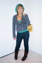 Vans Off the Wall purse - abercrombie and fitch top - Forever21 hat - Bamboo boo