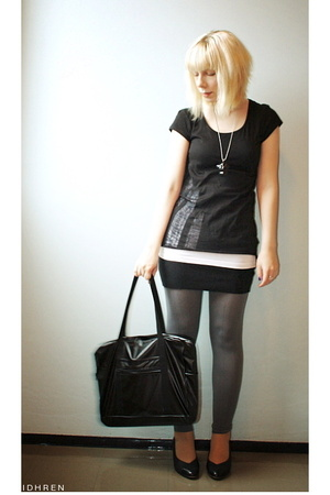 H&M t-shirt - American Apparel skirt - Norlyn pants - American Apparel purse - s