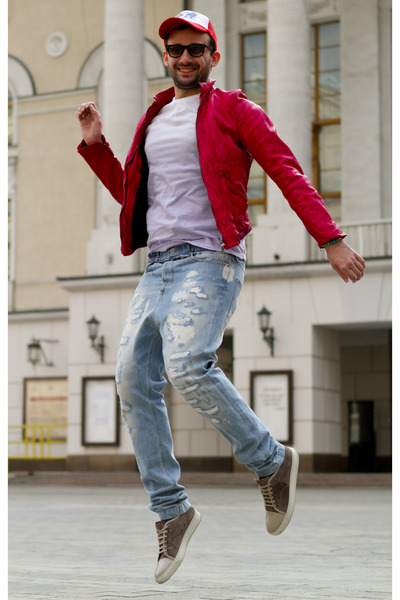 hot pink Dolce&amp;Gabbana jacket - sky blue D&amp;G jeans - red Marc by Marc Jacobs hat