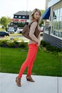 Red-vero-moda-jeans-tawny-danier-bag-tawny-expression-wedges-tan-zara-top