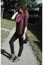 Light-brown-deichmann-boots-black-lola-jeans-maroon-handmade-scarf