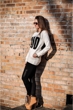 black nike jacket - black Yups leggings - bronze Novamoda sunglasses