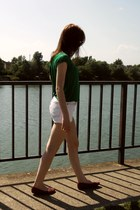 ruby red flats - dark green shirt - off white shorts