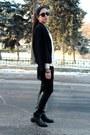 Black-basconi-boots-black-ellen-kloss-jacket-mustard-miss-selens-blazer