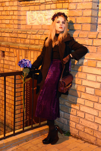 magenta velvet vintage skirt - black menswear Love Republic coat