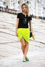 Yellow-pull-bear-scarf-green-leather-vintage-heels