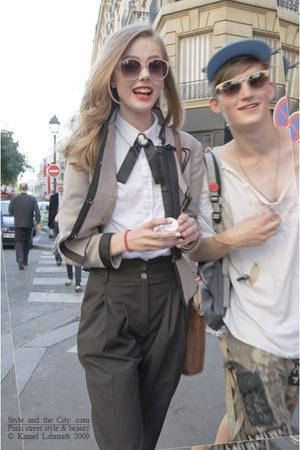 black cross tie tie - white cotton shirt - bronze bag - camel sunglasses