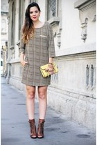 camel silvian heach dress - brown Cosmoparis shoes - light yellow Coccinelle bag