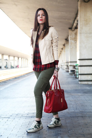beige Stefanel jacket - red Stradivarius shirt - red baldinini bag