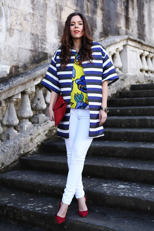 red Verdementa bag - blue Parosh coat - white Mavi jeans - yellow Parosh t-shirt