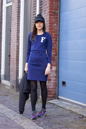 Frontrowshop dress - nike sneakers
