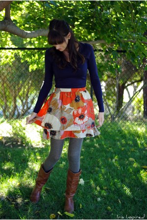 poppy print thrifted anthropologie skirt - Steve Madden boots - sweater