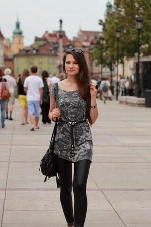 heather gray dress - black leggings - black sandals