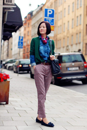 COS cardigan - Zara shirt - Hermes scarf - hm pants - TODs loafers