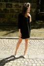 H-m-dress-urban-outfitters-hat-stradivarius-pumps