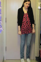 pink JCP top - blue delias jeans - white payless shoes