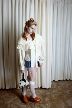 beige vintage blouse - blue Levis Vintage shorts - white knee highs UO stockings