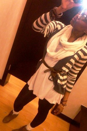 Forever 21 shoes - H&M blouse - American Apparel scarf